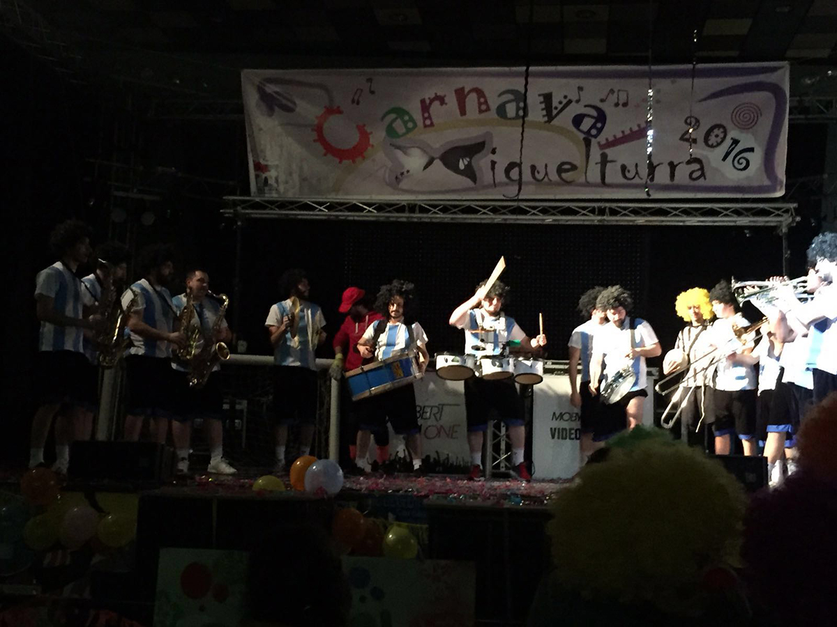 carnival-miguelturra-charanga-alhigui-peña